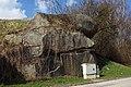 Denkmalgeschützte Felsformation Otto-Franke-Gasse Heidenreichstein.jpg