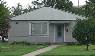 National Register of Historic Places listings in Ellis County, Kansas - Image: Drees Lustron house from N 1