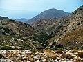 Droga w górach w okolicy Tsamantis - panoramio.jpg