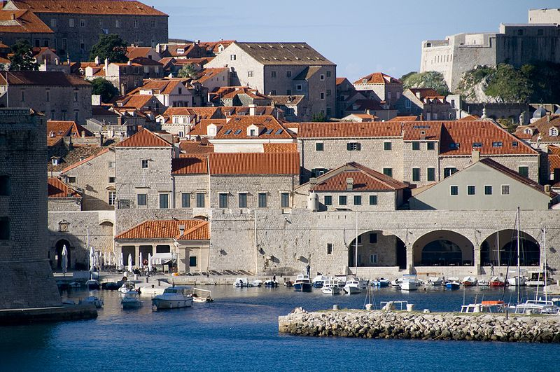 File:Dubrovnik3bqw.jpg
