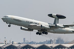 E-3C take off from R-W05R(3). (8751798333).jpg