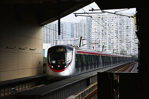 8-car MTR CRRC Changchun EMU for use on the future East West Line (photo by Andyhyleung, via Wikimedia Commons)