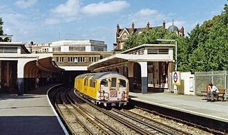 Ealing Common tube station - Image: Ealing Common station geograph 3437556 by Ben Brooksbank
