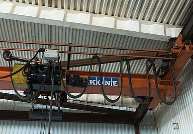 Electric winch on indoor portal crane.jpg