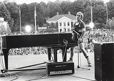 Elton John on stage in 1971 Elton John on stage.jpg