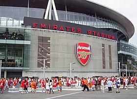 Arsenal stadium wikip dia a enciclop dia livre for Arsenal mural emirates