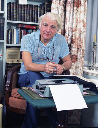 Emlyn Williams - Williams in 1974, portrait by Allan Warren
