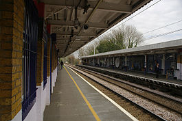Enfield Chase railway station MMB 03.jpg