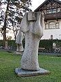 Erich Keber Skulpturen Rennweg 1.jpg