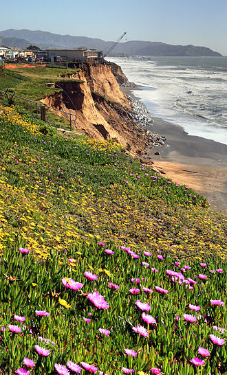 Pacifica, California - Erosion and spring