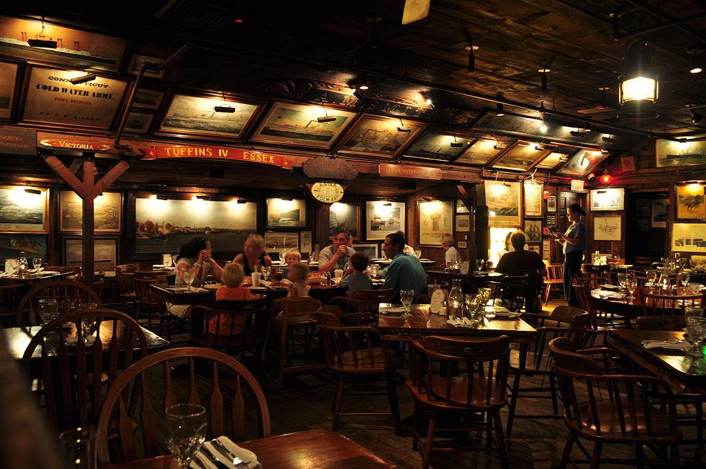 Essex Inn Restaurant Chicago