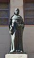 Estàtua de Joan Lluís Vives, biblioteca municipal central de València.JPG