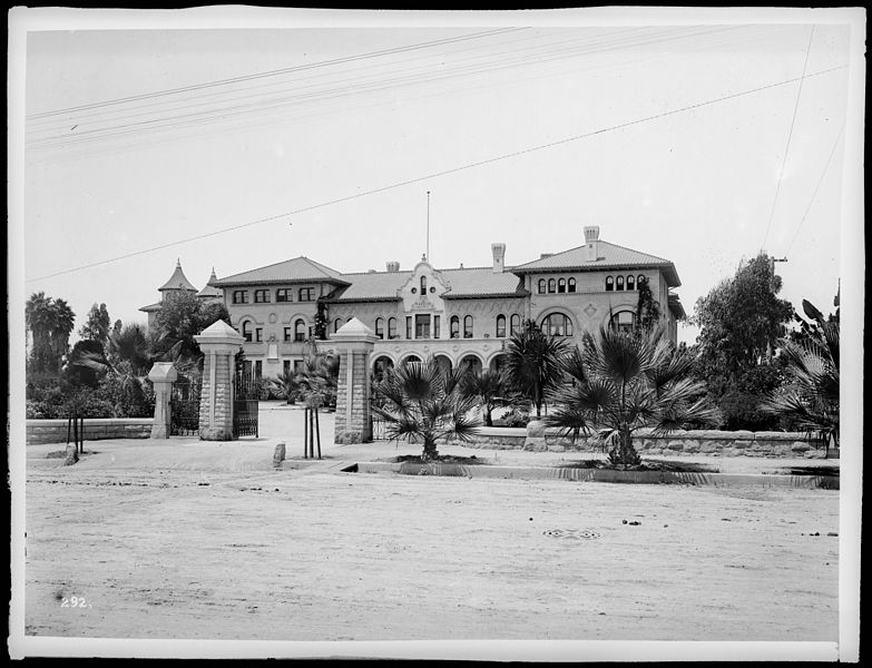 File exterior view of the hollenbeck home in los angeles - 600 exterior street bronx ny 10451 ...