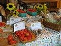 FS farmers market 20130812 (11981080804).jpg