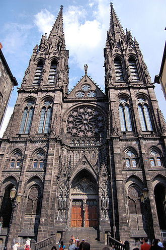 Clermont-Ferrand Cathedral - The western façade