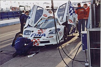 McLaren F1 GTR - The BMW Motorsport entry during the 1997 FIA GT Donington 4 Hours race.