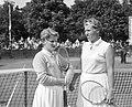 Finale van het internationale tennistoernooi te Hilversum Links Norma Marsh , r, Bestanddeelnr 910-5651.jpg