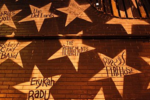 First Avenue (nightclub) - Image: First Avenue Exterior Stars 2