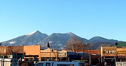 Flagstaff downtown SFmtn.jpg