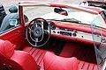 Flugplatz Mönchengladbach Oldtimer Fly- & Drive In - Mercedes-Benz W113 Interieur.jpg