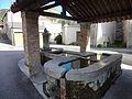 Fontaine lavoir Saint-Lions.JPG