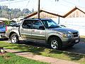 Ford Explorer Sport Trac 4.0 2003 (12447180464).jpg