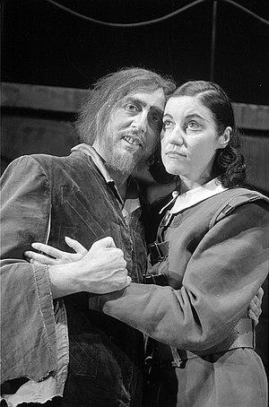 Fidelio - Florestan (Günther Treptow) and Leonore (Karina Kutz); September 1945, Deutsche Oper Berlin
