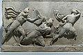 Fragmento del relive de las Amazonas, Mausoleo de Halicarnaso (British Museum).jpg