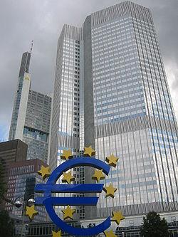 El Banco Central Europeo pidió a los países miembros que moderen sus políticas salariales y busquen esquemas flexibles para combatir el paro