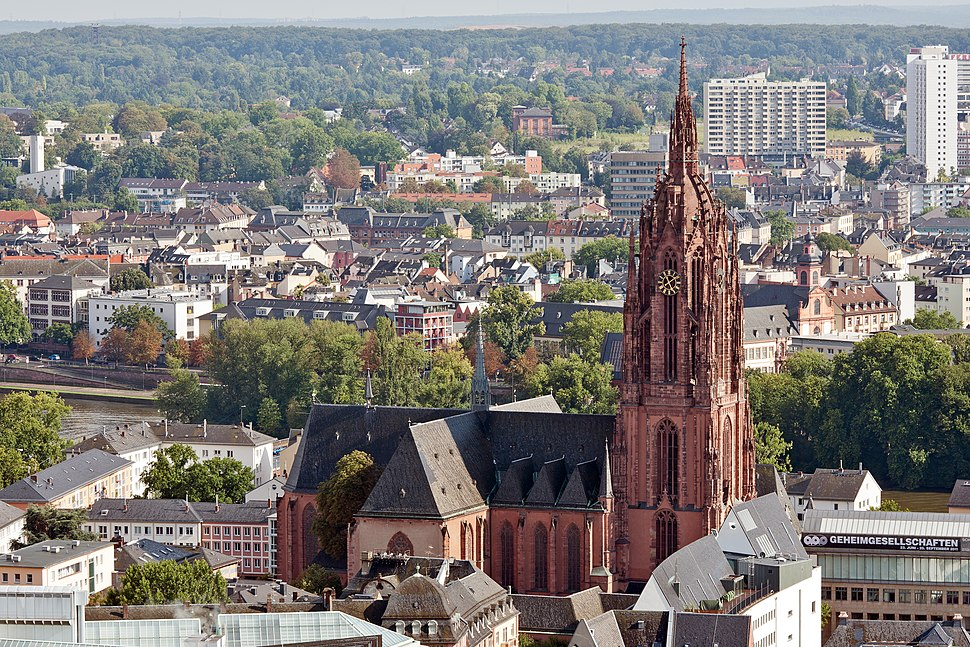 Frankfurt Am Main-St Bartholomaeus-Ansicht vom Nextower-20110812