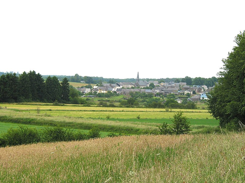 Gérouville (Belgium), the village seen from the Savelan street.