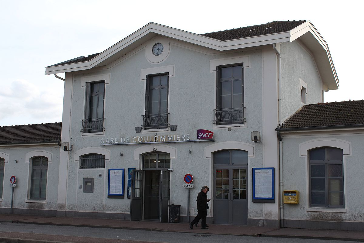 Gare de coulommiers wikip dia for Garage de la gare pontault