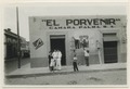 Gatubild. På väggen står El Porvenir Camara Palma S. A - SMVK - 0307.k.0010.tif