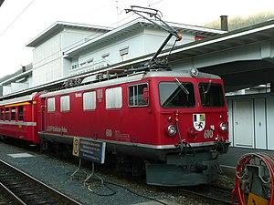 Davos Platz (Rhaetian Railway station) - Train at Davos Platz station