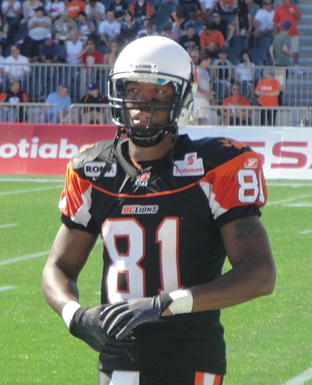 Geroy Simon wearing the BC Lions  black third jersey in 2011. 352f6c288