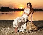 Golden hour to sunset - 2019-08-27 19-54 - modelled by Marina Daschner.jpg