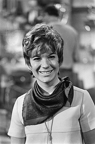 Vikki Carr - Vikki Carr in 1968