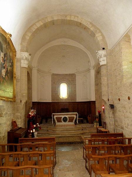 Église Saint-Michel de Guzargues (34). Intérieur.