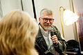 Gyrdir Eliasson, vinnare av Nordiska radets litteraturpris 2011 samtalar med Nordiska radets kommunikationschef Bodil Tingsby pa bokmassan i Goteborg 2011 (1).jpg