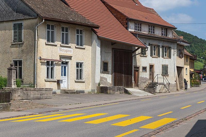 File:Häuser Hauptstrasse 78, 74... in Löhningen.jpg