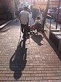 HK 堅尼地城 Kennedy Town 石山街 Rock Hill Street 行人道 Sunset 黃昏 日落 人影 Sept-2011.jpg