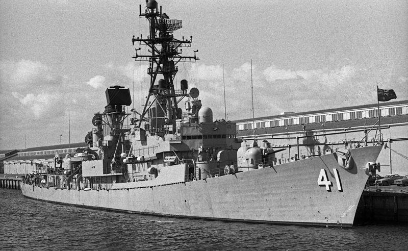 File:HMAS Brisbane port Adelaide 1981 1.jpg