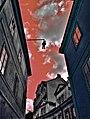Hanging man - panoramio - Nikl Gábor.jpg