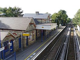 Harrietsham Railway Station.jpg
