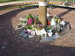Herdenkingsmonument Neerkant MH17-ramp 3.JPG