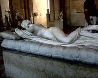 Hermafrodita durmiendo vista de frente