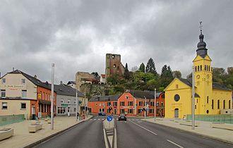 Hesperange - View on Hesperange with its castle