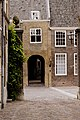 Hofstraat en Het Hofpoortje (14991745185).jpg