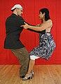 Homer2 tango colgada exaggerated.JPG