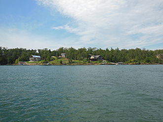 Lewis Smith Lake - View from water of homes on the lake